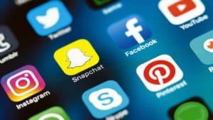 communication reseaux sociaux community manager freelance